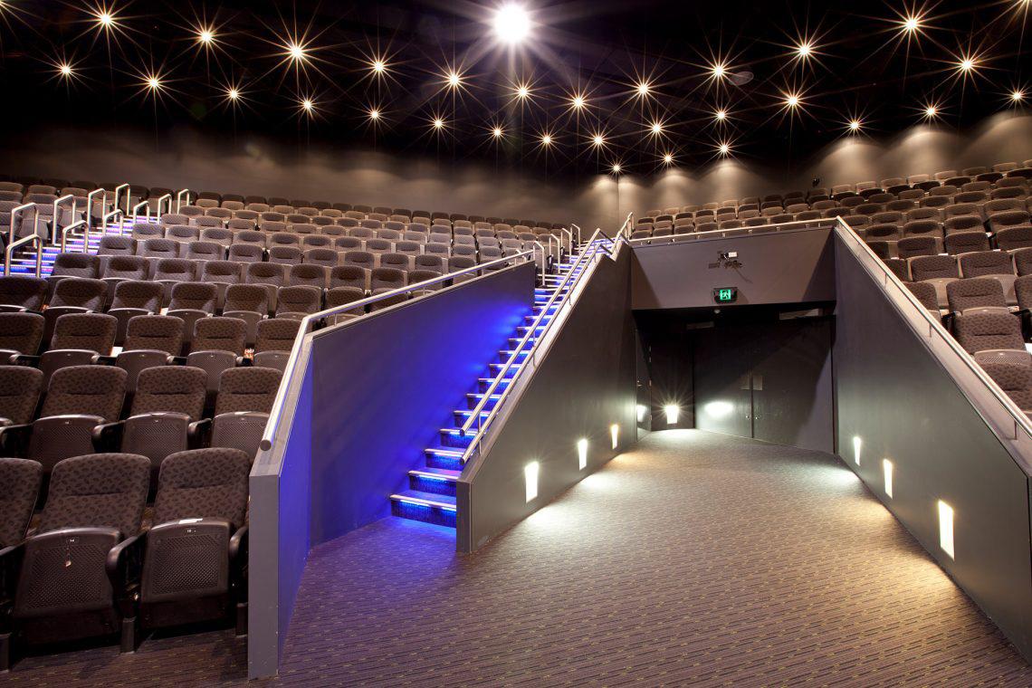 couvaras architects church interior auditorium