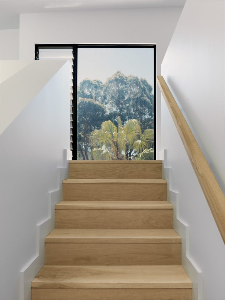 couvaras architects townhouse internal staircase