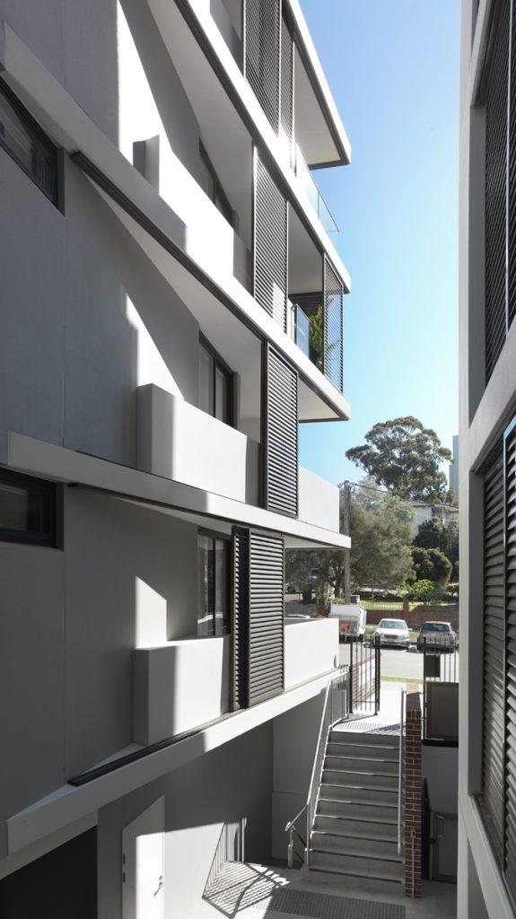 couvaras architects apartments exterior entrance